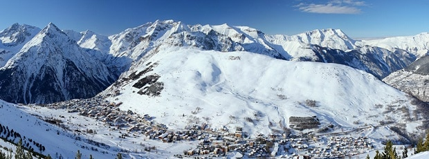 grenoble airport to les deux alpes transfers fr 43 rtn cheap shuttles. Black Bedroom Furniture Sets. Home Design Ideas