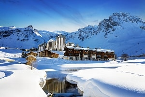 grenoble airport to tignes shared ski transfers from return. Black Bedroom Furniture Sets. Home Design Ideas