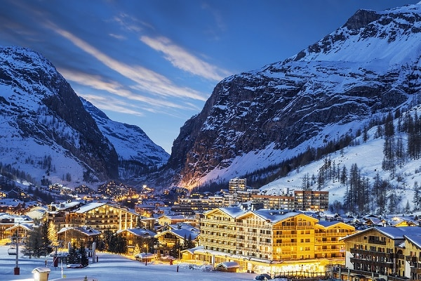 grenoble airport to val d 39 isere transfers fr 40 cheap shared shuttles. Black Bedroom Furniture Sets. Home Design Ideas