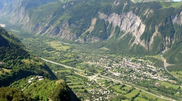 bourg d'oisans Airport ski transfers